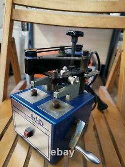 AF Switzerland No. 330.310.220 Watch Crystal Glass Cutting Machine