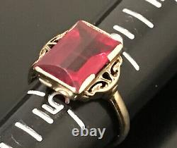 Ruby Red Crystal 10K Solid Gold Emerald Cut Solitaire Art Deco Ring Size 5.5